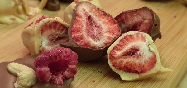 Сублімована полуниця в шоколаді
